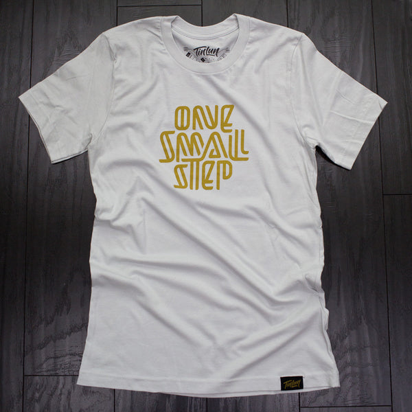 Discovery / One Small Step Tee (Unisex)