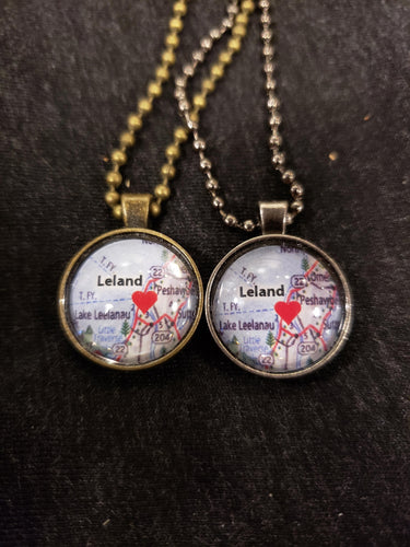 Leland Love on the spot necklace