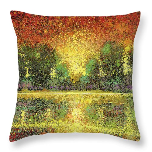 Sizzling Seclusion - Throw Pillow