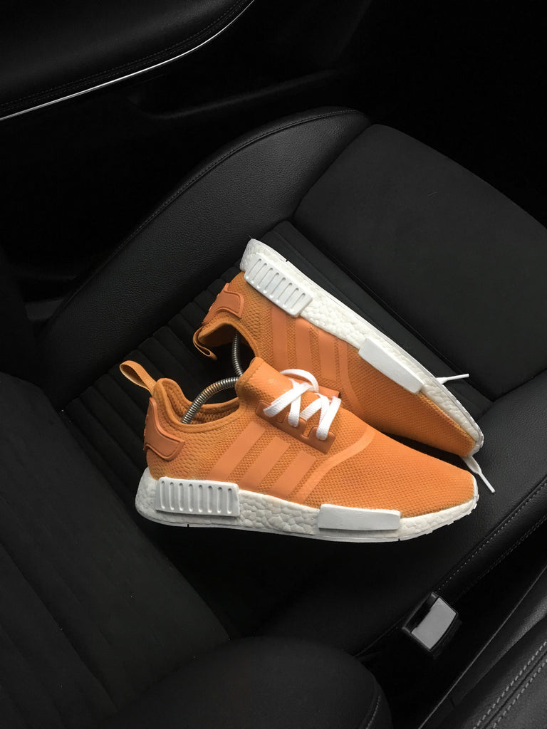 ADIDAS NMD_R1 SHOES - ORANGE