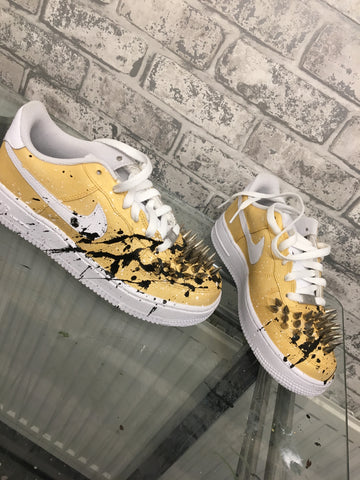 SPIKED GOLD/BLACK AIR FORCE ONE LOW