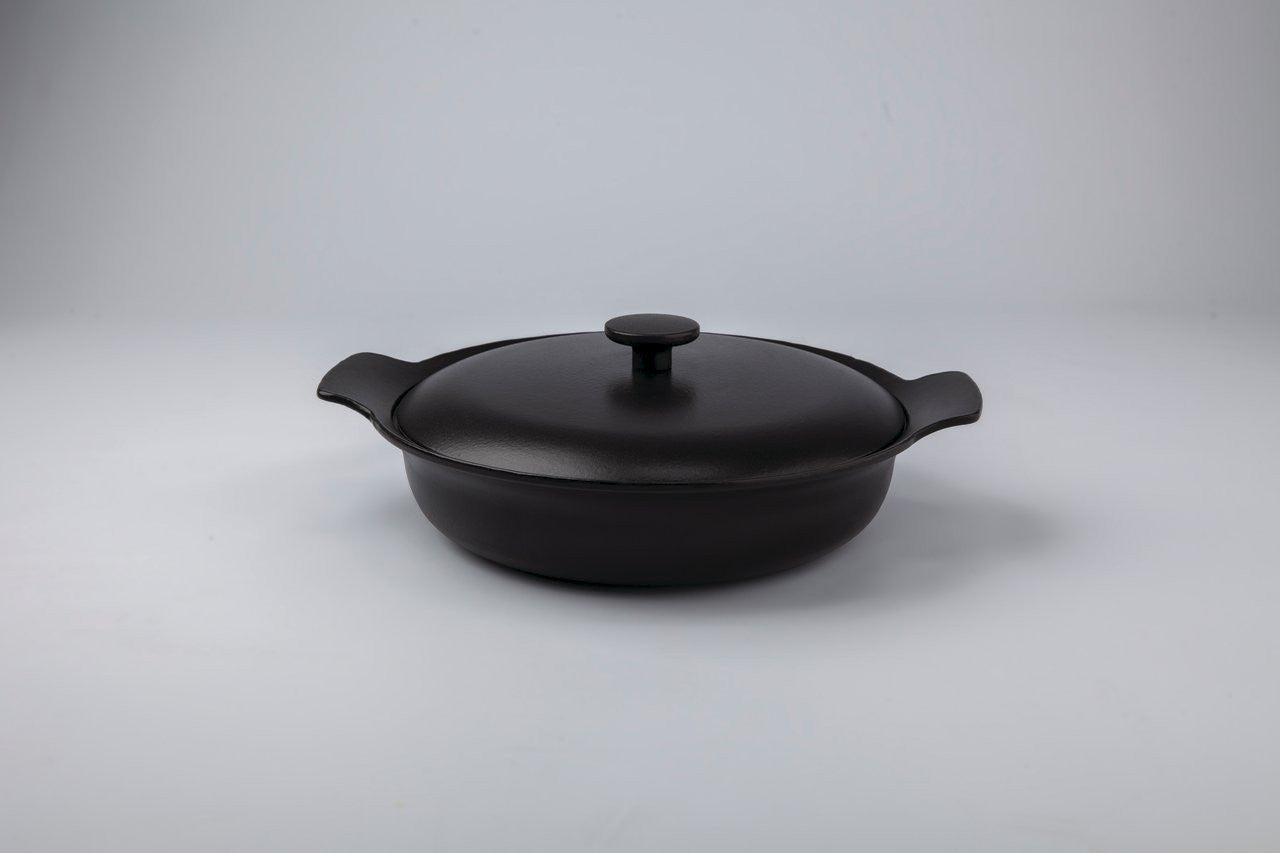 Ron 28cm Cast Iron Sauteuse with Lid in Black Pepper
