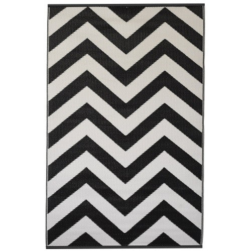 Indoor/Outdoor Rug Black/White - shopalmostheaven