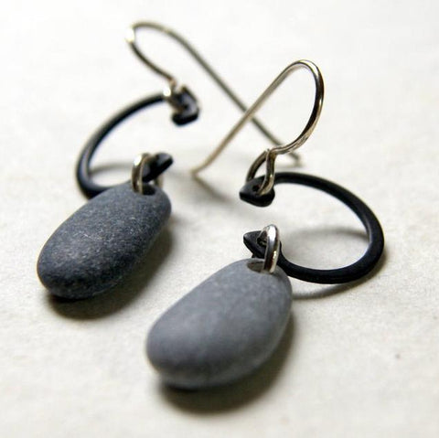 Gray Beach Stone and Black Retaining Ring Earrings