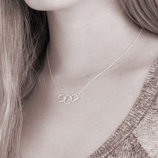 Custom necklace for 3 best friends  - personalized jewelry is sterling silver and has 3 interlocking rings - a good gift for best friends or sisters. Personalize with names of friends.