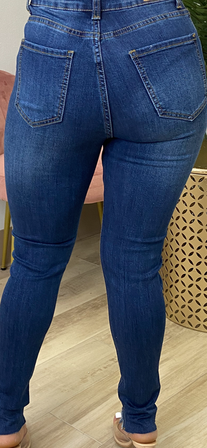 PLAIN JANE MEDIUM MID RISE DENIM JEANS - Spice Boutique