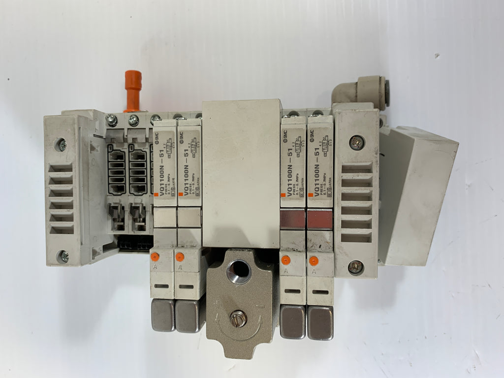 SMC Manifold ARM2000 with (4) VQ1100N-51