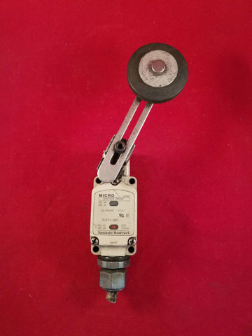 Yamatake-Honeywell 5A-125VAC Limit Switch 1LS71-JWC
