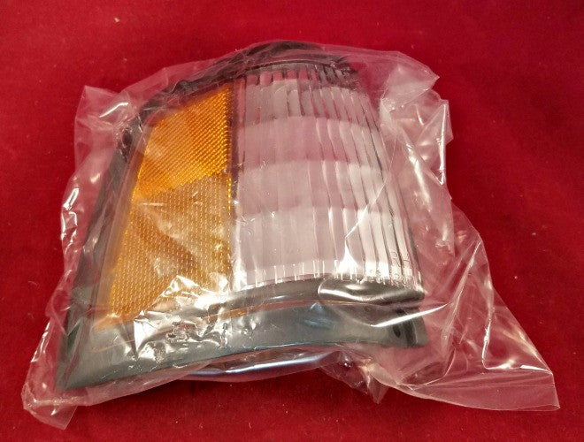 Chevrolet Celebrity '87 - '90 Front Right Light TYC 18-1857-01 OEM 5974656 - Lights - Metal Logics, Inc. - 2
