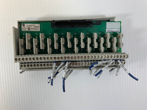 Allen-Bradley 1492-IFM40F-FS24-4 Series A Interface Module