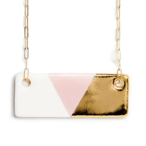 large bar necklace in pink