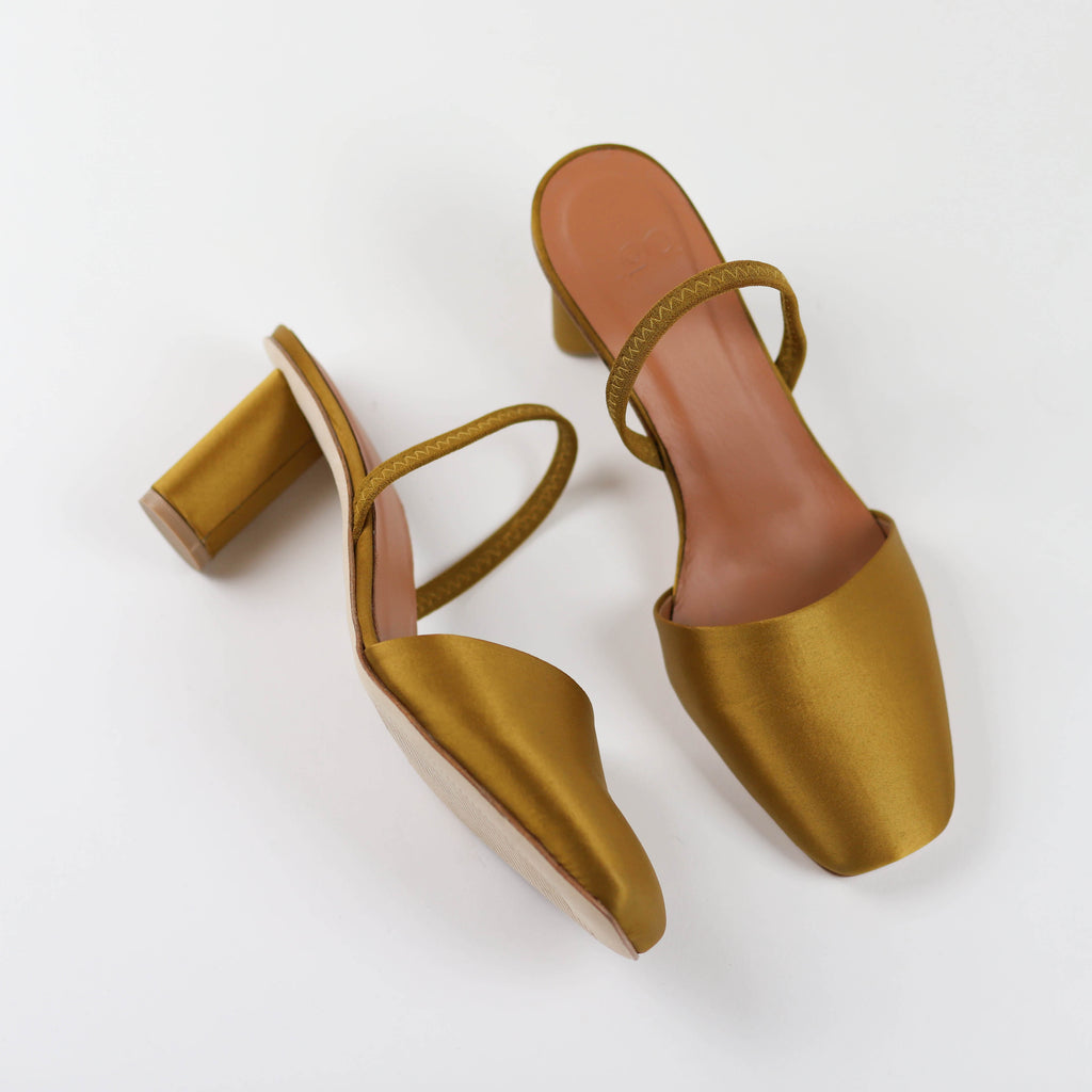 Felipa in Oro Satin