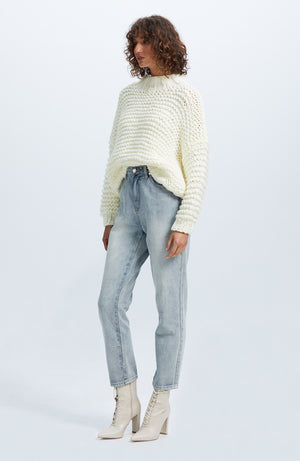 Tempo Chunky Jumper - White