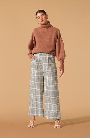 Coupe Belted Pants