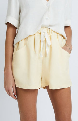Clementine Shorts in Buttercup