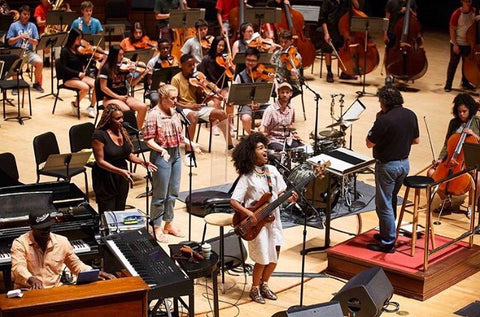 Esperanza Spalding Performs in the Dive Dress with the Philadelphia Orchestra