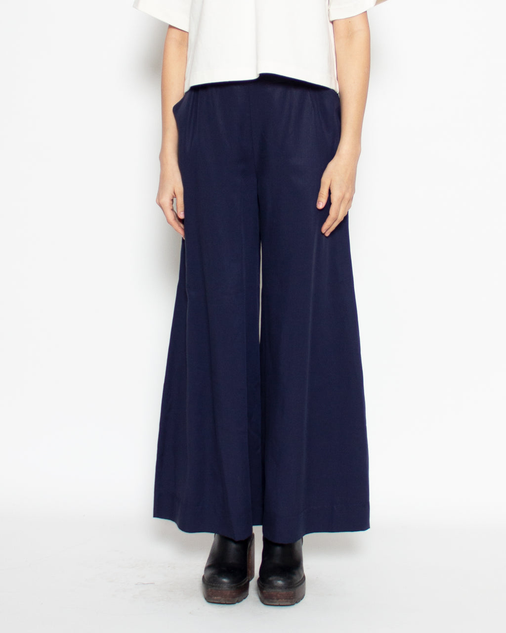 Aida Trouser in Navy Tencel