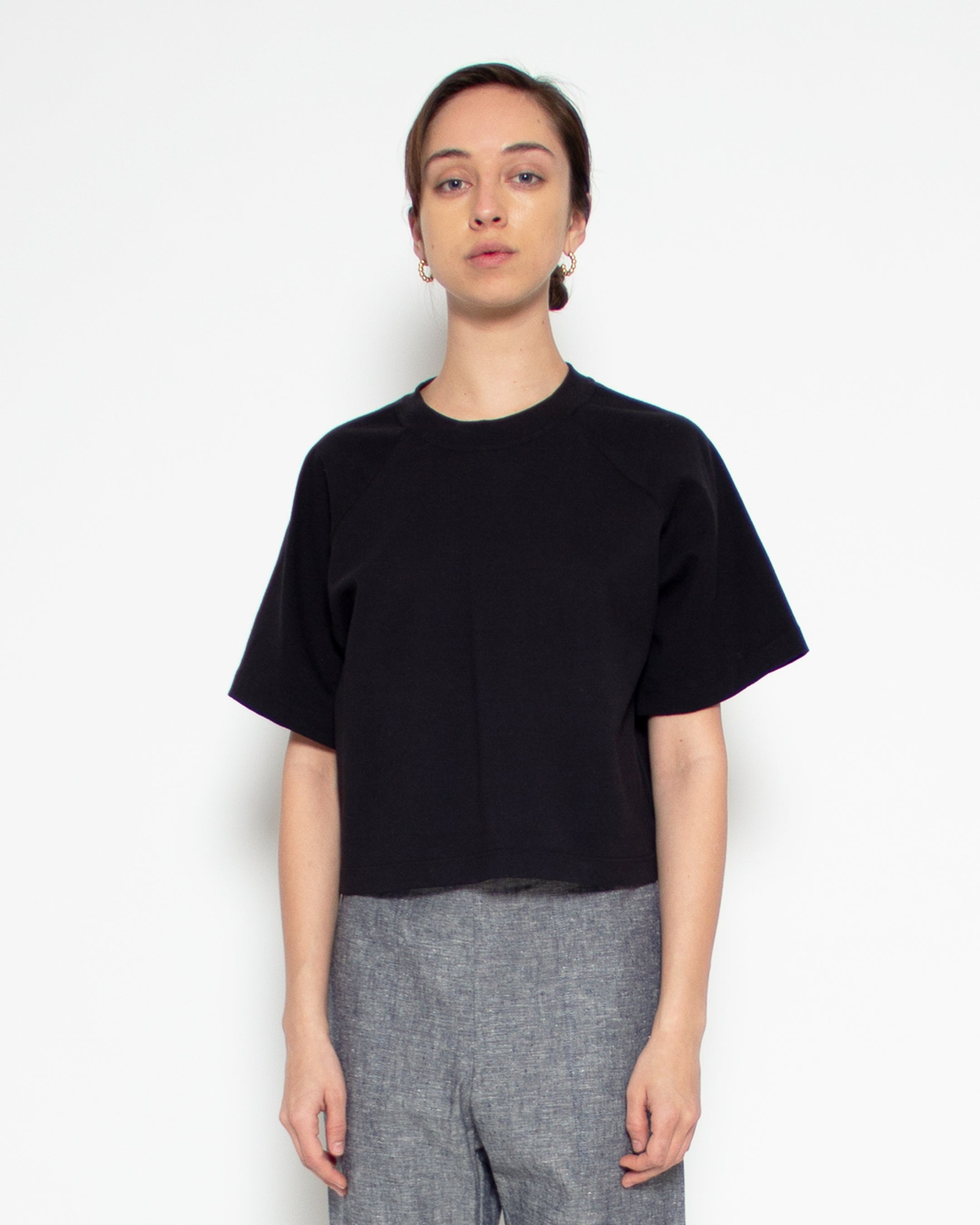 Melody Crop Tee in Black Hemp-Organic Cotton