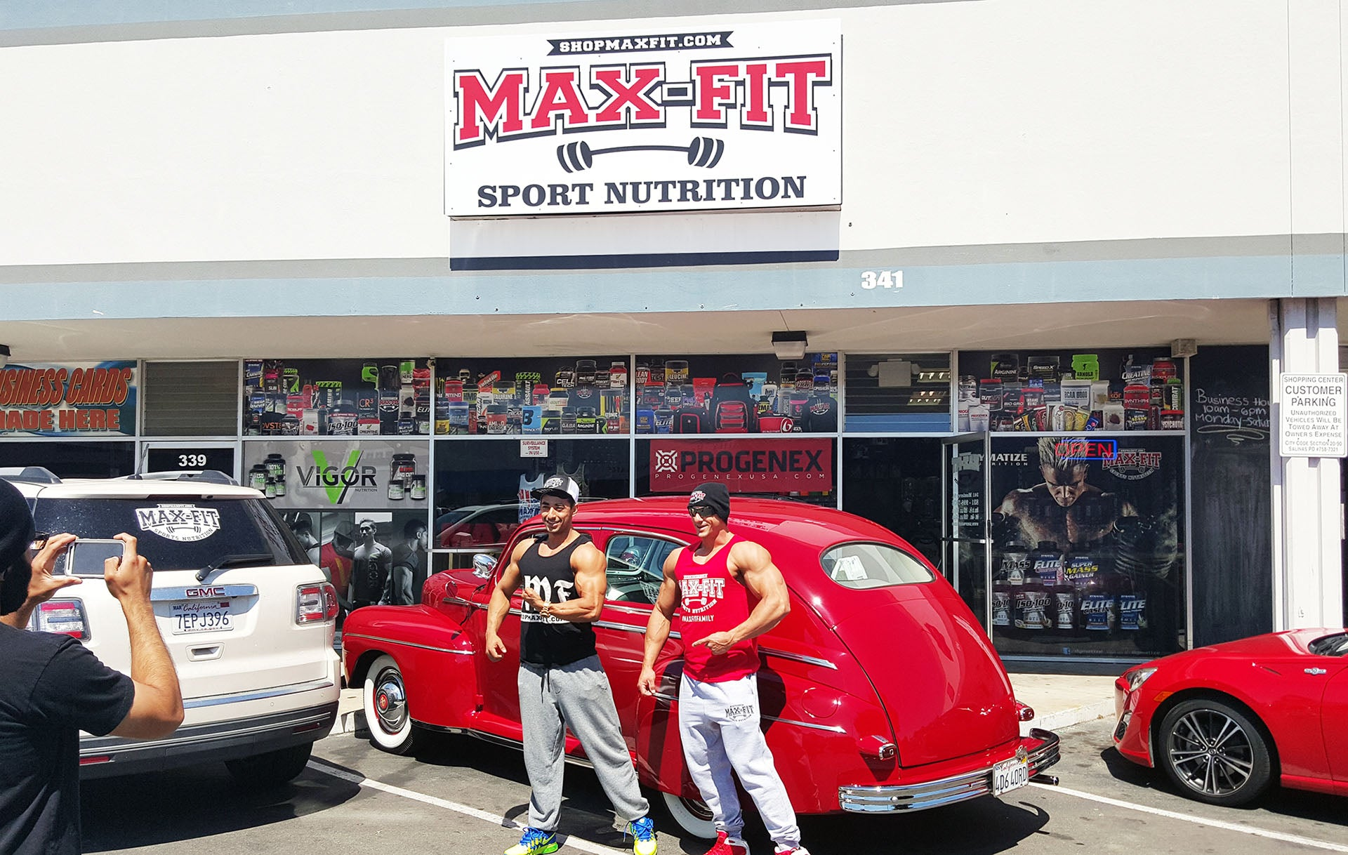 Max Fit Sports Nutrition - Matt Ramseier, Jose Jacobo Vega