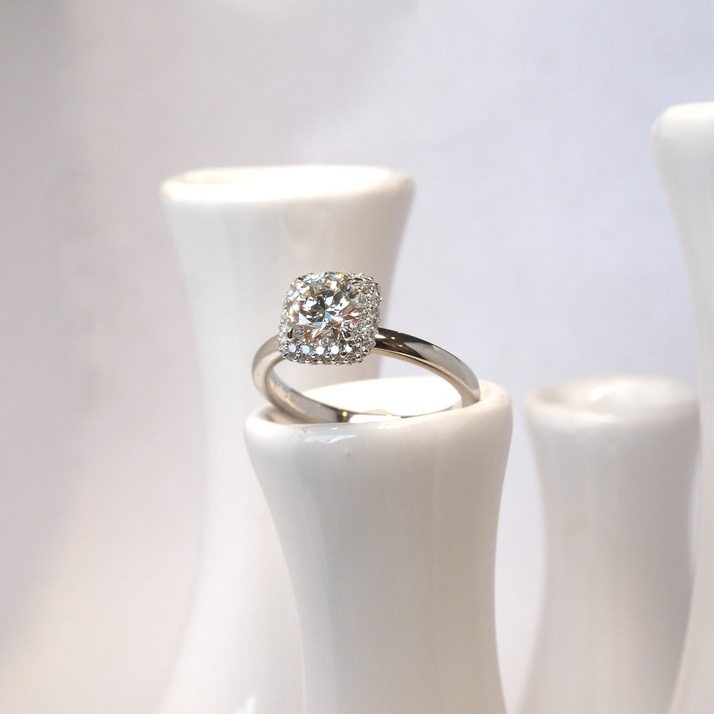 Cushion Halo for 1ct Round Diamond