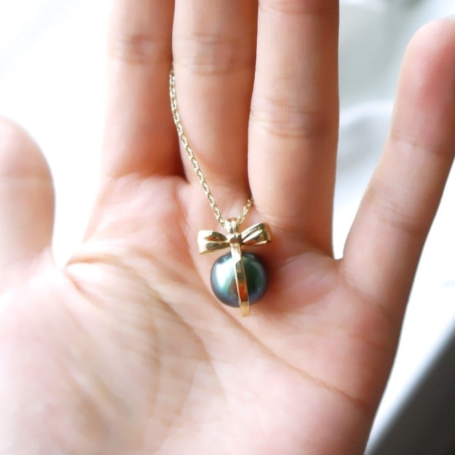 Gold Bow Pendant with Tahitian Pearl 13mm - LEL JEWELRY