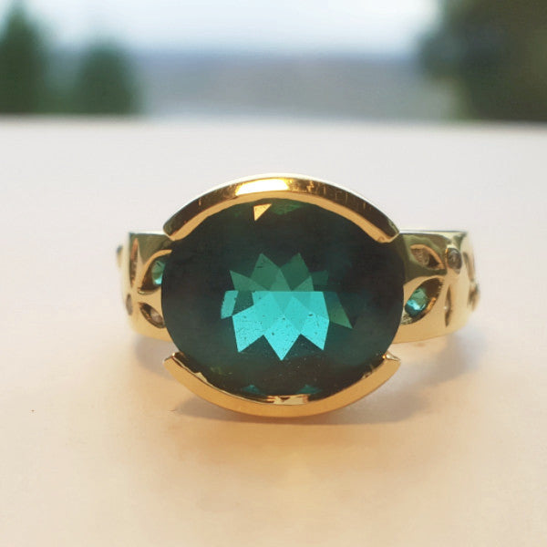 Oval Emerald Gold Ring - LEL JEWELRY