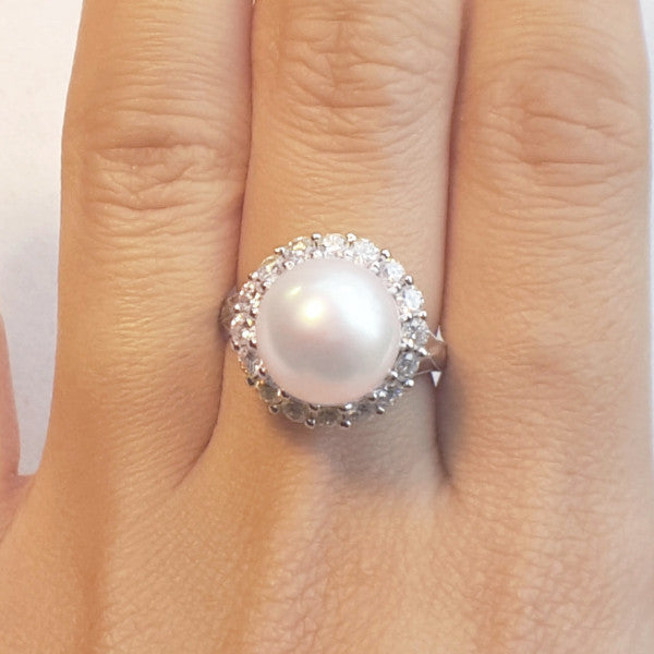 Diamond and South Sea Pearl Ring - LEL JEWELRY