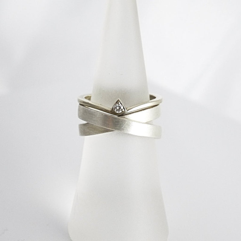 'X' Crossover Silver Ring - LEL JEWELRY