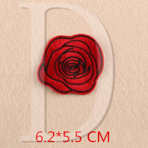 1 PCS Rose Flowers parches Embroidered Iron on Patches for Clothing DIY Motif Stripes Clothes Stickers Custom Badges @F