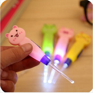1 Set Ear Cleaner Animals Luminous Earwax Spoon Clean Flashlight Plastic Earpick Handle 4 styles - Cerkos.com