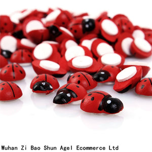 100pcs/Bag Wooden Ladybird Ladybug Sticker Children Kids Painted Adhesive Back DIY Craft Home Party Holiday Decoration