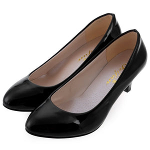 2016 Women White Shallow Mouth Pumps Wedding Shoes Elegant Ladies Fashion Low Heel Shoes OL Women Spring Summer Classic Pumps