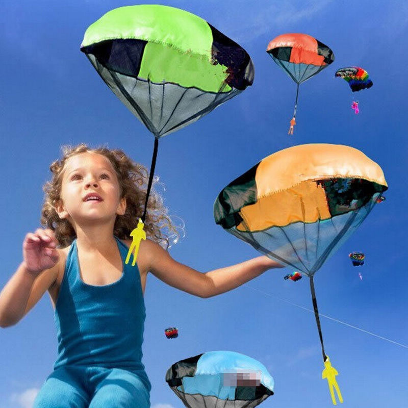 2017 Hand Throwing kids mini play parachute toy soldier Outdoor sports Children's Educational Toys free shipping