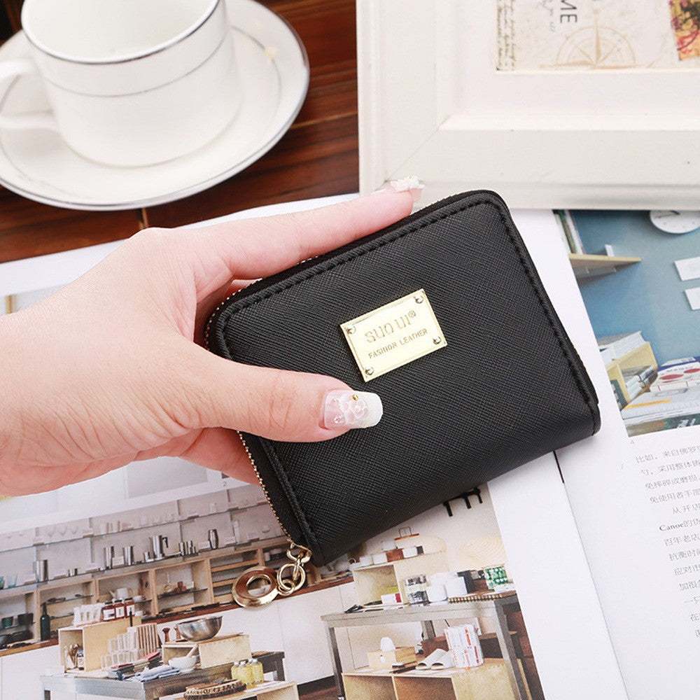 2017 Lady Short Coin pouch Women wallet New Kawaii Girl Small Change purse Coin bag Embossed 3 Folds Pu leather coin purses D34M