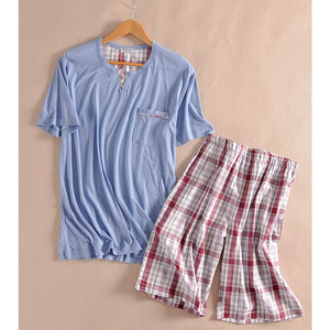 2017 Men 's summer cotton knitted short - sleeved male pajamas suit cotton plaid home suits Top Pants/Buttoms Set