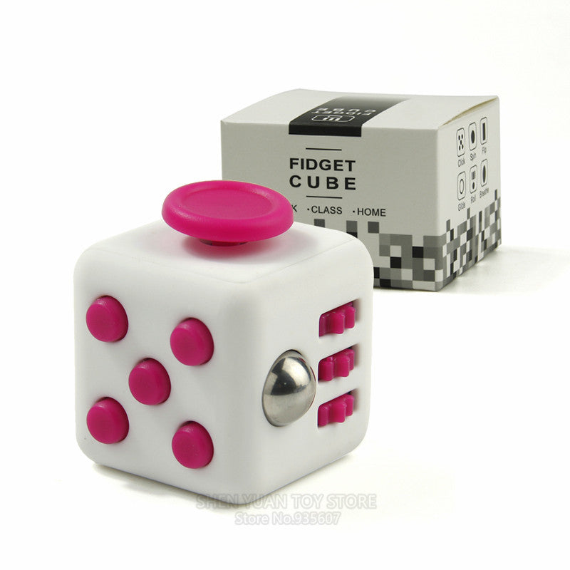 3.3cm Mini Fidget Cube Vinyl Desk Finger Toy Squeeze Fun Stress Reliever Toys 11 Colour Click Glide Flip Spin Breathe Roll Cubes