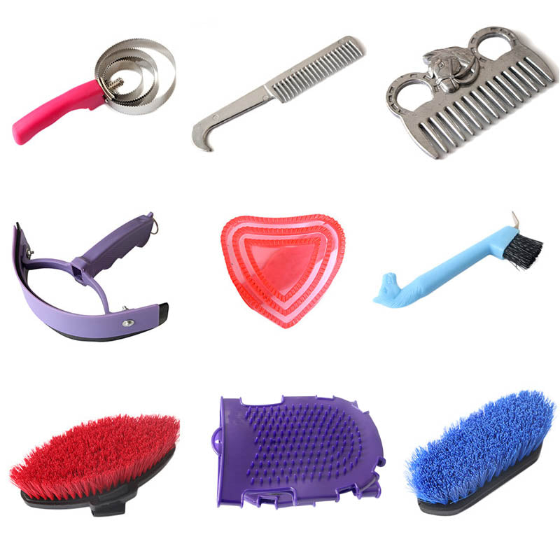 Equestrian Cleaning Set with Sweet Scraper Comb Water Wiper & Hoof Pick Grooming Tools for Horse Supplies Cleaning Accessories