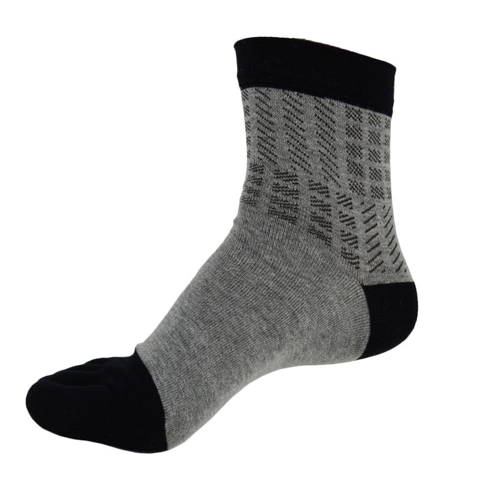 Wiggle Socks: Unisex Cotton Breathable, Absorbent Toe Socks for Men and Toe Socks for Women: Black