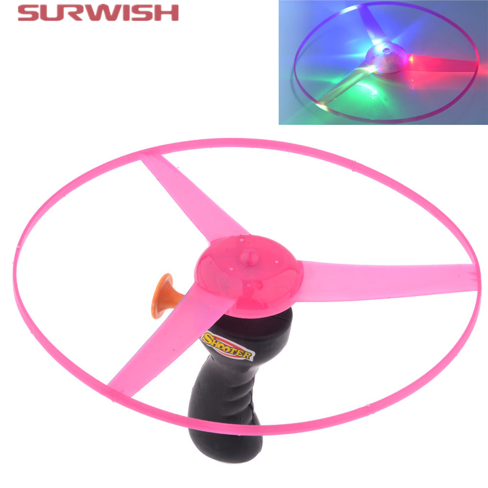 Surwish Colorful Funny Pull String Colorful LED Light Up Frisbee Flying Saucer Disc Kids Toy As Children New Year Gift