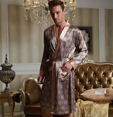 XIFENNI Brand Sexy Satin Silk Men's Robe Fashion Printed Long-Sleeve Male Bathrobes Kimono V-Neck Faux Silk Sleepwear 20505
