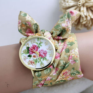 New design Geneva Ladies flower cloth wristwatch fashion women dress watch high quality fabric watch sweet girls Bracelet  watch
