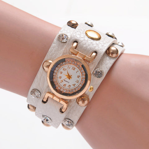 2015 Popular Ladies Rivet Punk Chain Belt Bracelet Watch Hot Retro Winding Watch Quartz Women Watch