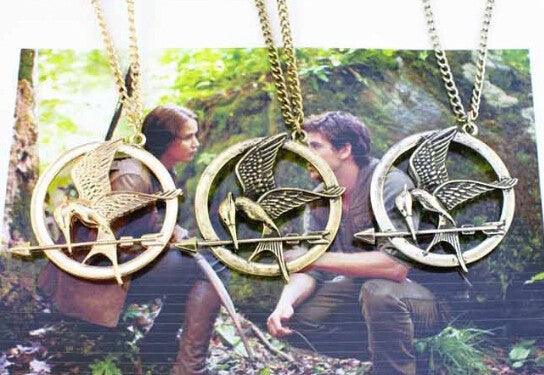 2015 European and American popular hunger game bird Necklace - Cerkos.com