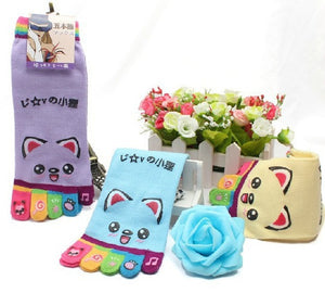 Wiggle Sock Fashion Five toe sock women Sweet Girl type (Hello Kitty cat / Bear / Striped / Surprise / leopard cat ) short socks - Cerkos  - 11