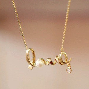 Cheap Korean fashion jewelry gently around a heart of love chic LOVE word necklace wholesale  free shipping - Cerkos.com