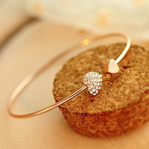 Cerkos.com: Fashion Chic Gold Plated Rhinestone Heart Shape Cuff Bracelet Bangle Lady Girl Party Prom Ornament Gift