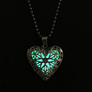 Chain Necklace 2015 Fashion Glow Heart Round Locket Glowing Pendant Necklace Glow in the Dark Glow Jewelry - Cerkos  - 2