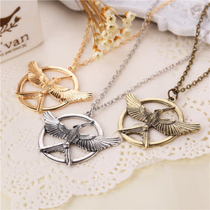 2015 New Hot Movie Film Jewelry Hunger Games Necklace America and Europe pop hunger games LOGO mock bird Pendant necklace - Cerkos.com
