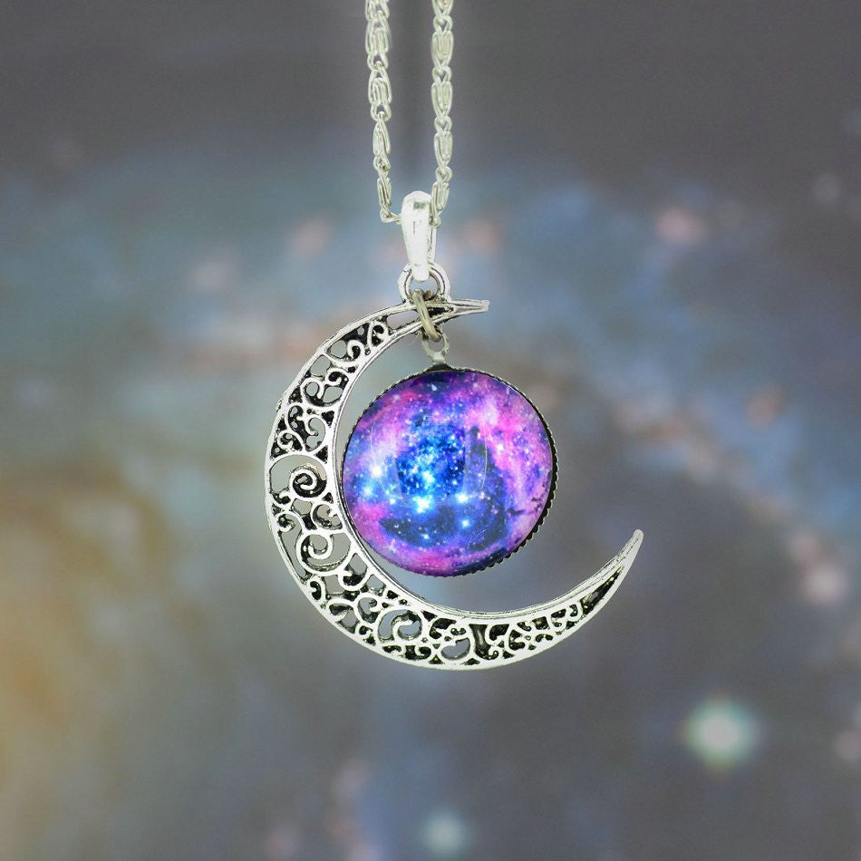 Galaxy Necklace Lovely Moon Galaxy Nebula Space Antique Silver Alloy Pendant Platinum Plated Chain Necklace Couple Gift 2014 HOT - Cerkos.com