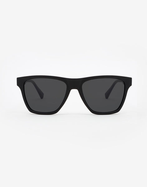 Polarized Carbon Black · Dark ONE LS